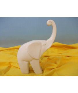 Nowoczesny słoń