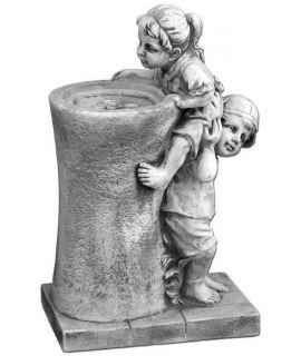 fontanna z dziećmi