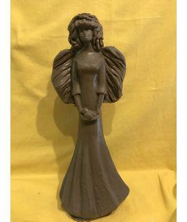 Wysoka anielica z ptakiem