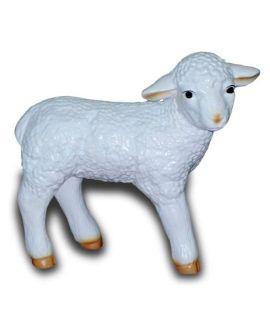 Stojąca owieczka