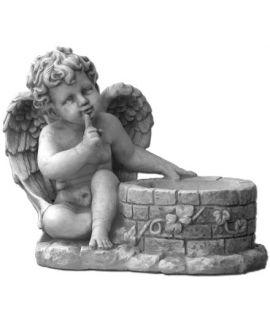 Aniołek przy studni