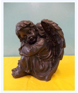 Anioł siedzący duży prawy