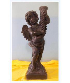 Anioł z rogiem