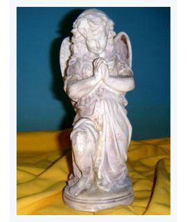 Anielica modląca się