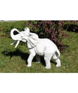 Średni słoń betonowy